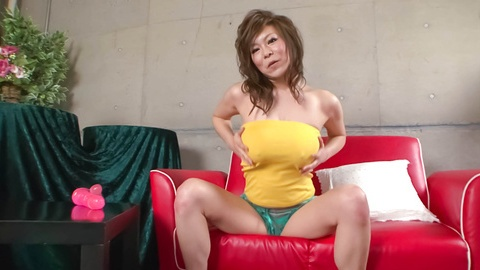 Ren Mizumori with big and bouncing boobies teasing and playing with dildo