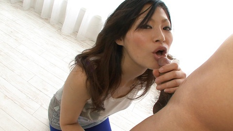 Ryo Sasaki milf gets a nice ball licking cumshot!