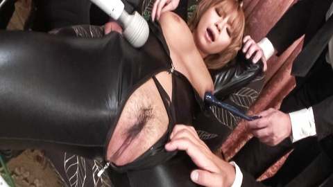 Sumire Matsu gets vibrator through latex