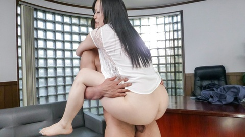 Yuka Wakatsuki filled up in creampie asian sex